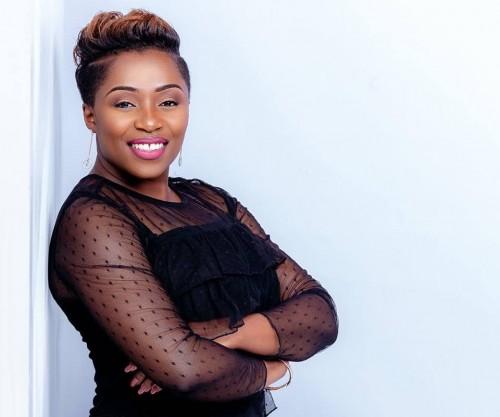 Janet Manyowa Oh Mwari