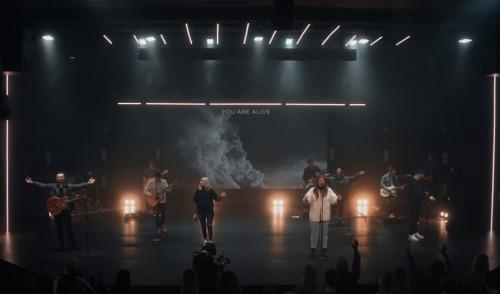 Red Rocks Worship Living God